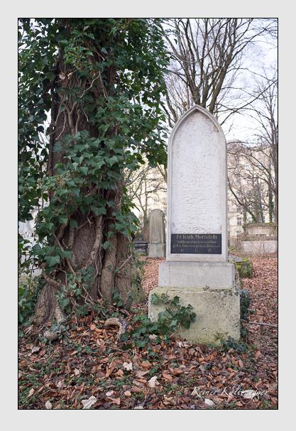 Grab der Familie Moradelli auf dem Alten Südfriedhof München (Dezember 2012)