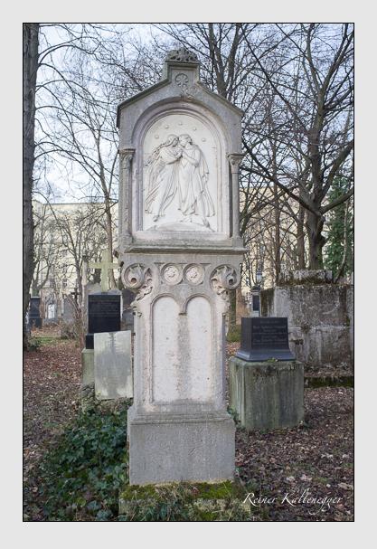 Grab der Familie Schefzky auf dem Alten Südfriedhof München (Dezember 2012)