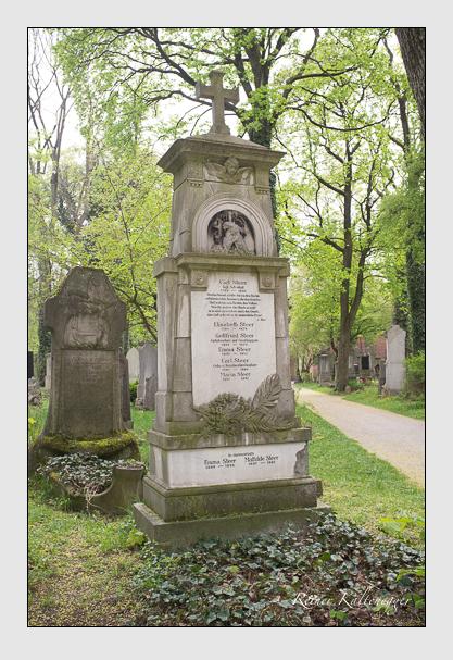 Grab der Familie Steer auf dem Alten Südfriedhof München (Mai 2013)