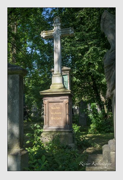 Grab der Familien Hasler · Hirschbold auf dem Alten Südfriedhof München (Juli 2013)