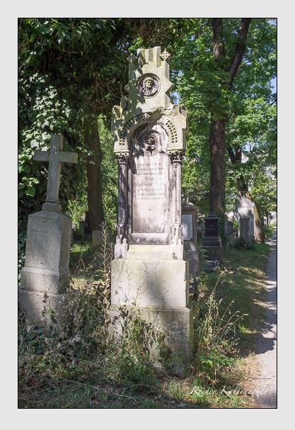 Grab der Familie Seitz auf dem Alten Südfriedhof München (Juli 2013)