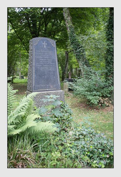 Grab der Familie Sperr auf dem Alten Südfriedhof München (August 2013)
