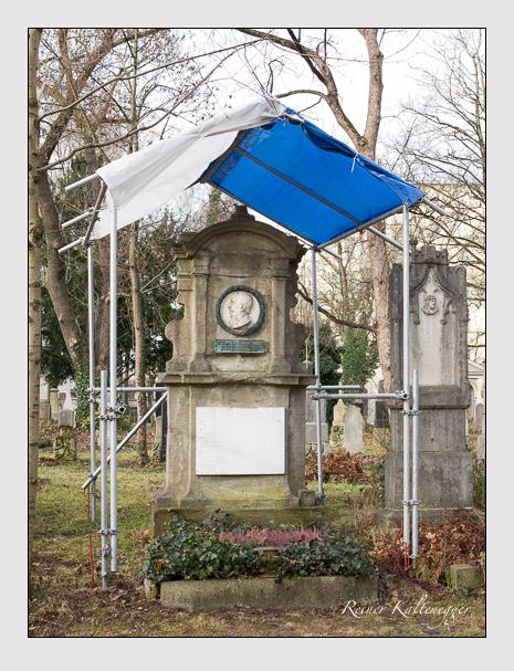 Grab der Familien Hess & Kurz auf dem Alten Südfriedhof München (Januar 2014)