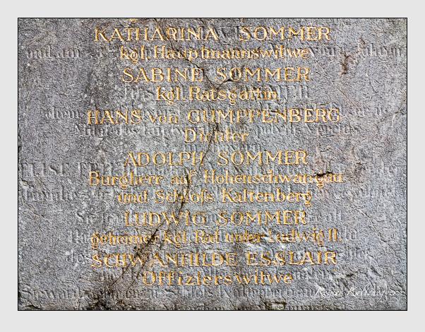 Grab der Familien Esslair & Gumppenberg & Sommer auf dem Alten Südfriedhof München (Februar 2014)
