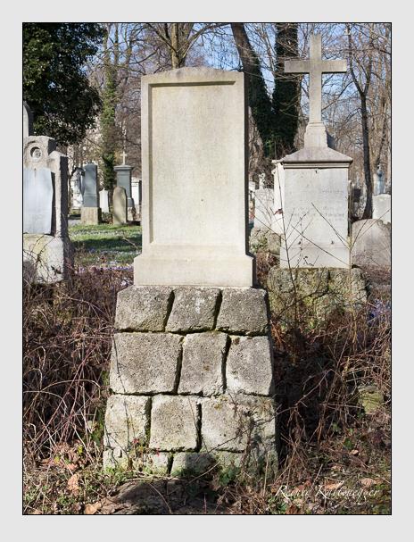 Grab der Familie Karl auf dem Alten Südfriedhof München (März 2014)