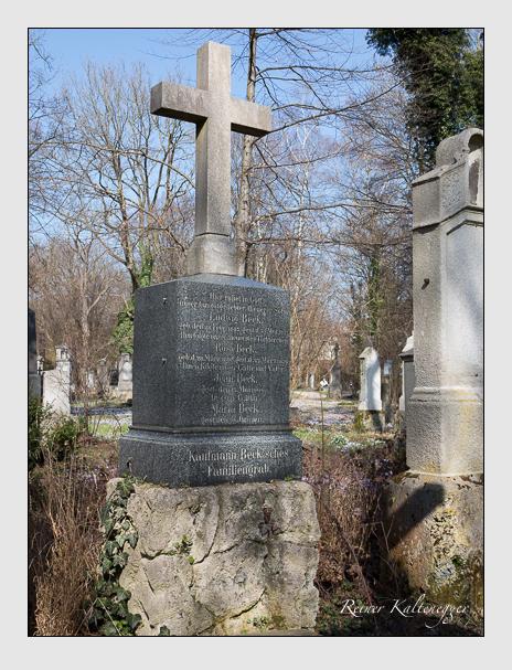 Grab der Familie Beck auf dem Alten Südfriedhof München (März 2014)