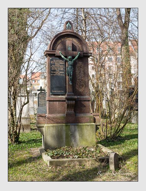 Grab der Familie Gillitzer auf dem Alten Südfriedhof München (März 2014)