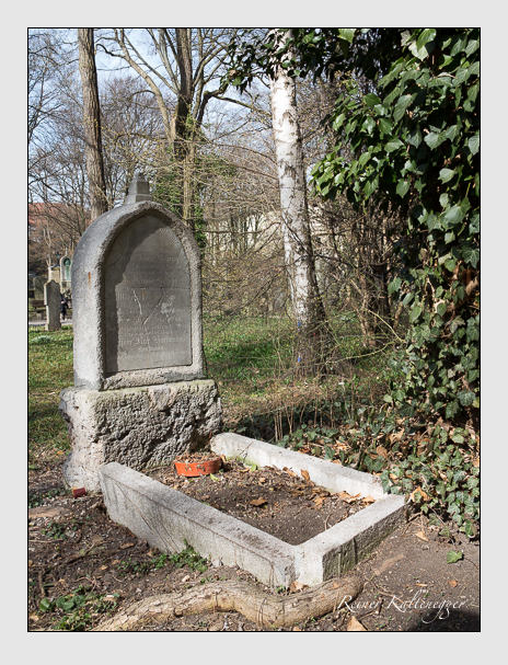 Grab der Familien Böheim & Hartmann auf dem Alten Südfriedhof München (März 2014)