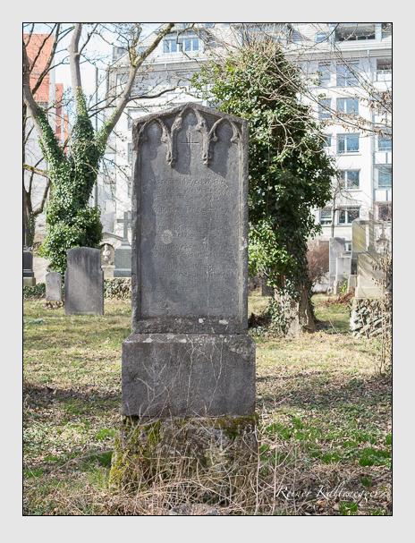 Grab der Familien Mayr & Teng & Weber auf dem Alten Südfriedhof München (März 2014)