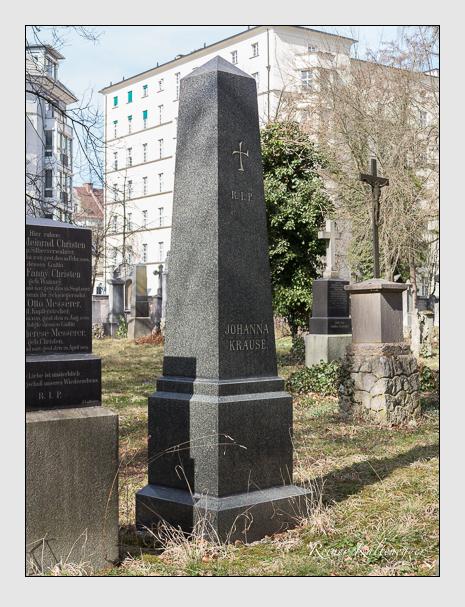 Grab der Familie Krause auf dem Alten Südfriedhof München (März 2014)