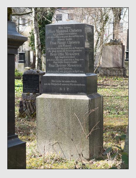 Grab der Familien Christen & Messerer auf dem Alten Südfriedhof München (März 2014)