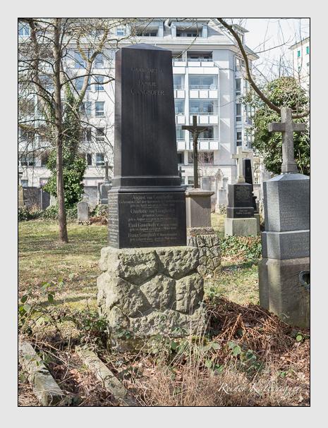 Grab der Familie Ganghofer auf dem Alten Südfriedhof München (März 2014)