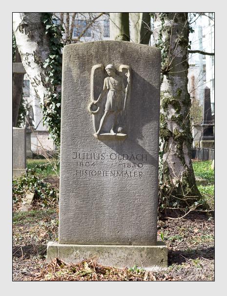 Grab der Familie Oldach auf dem Alten Südfriedhof München (März 2014)