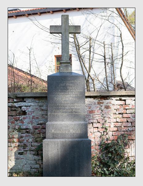 Grab der Familie Franz auf dem Alten Südfriedhof München (März 2014)