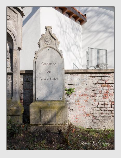 Grab der Familie Habel auf dem Alten Südfriedhof München (März 2014)