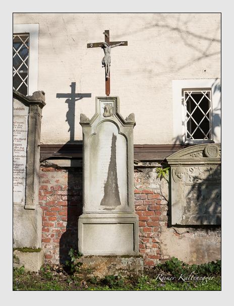Grab der Familien Fleischmann · Schneider auf dem Alten Südfriedhof München (März 2014)
