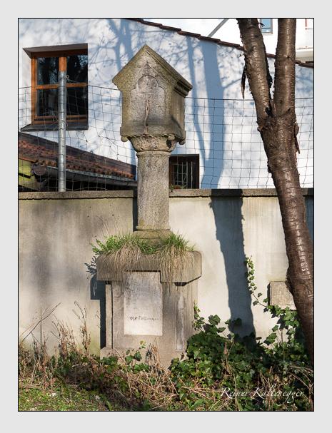 Grab der Familie Falk auf dem Alten Südfriedhof München (März 2014)