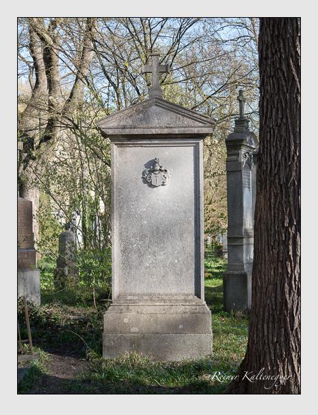 Grab der Familie Ehrne von Melchthal auf dem Alten Südfriedhof München (März 2014)