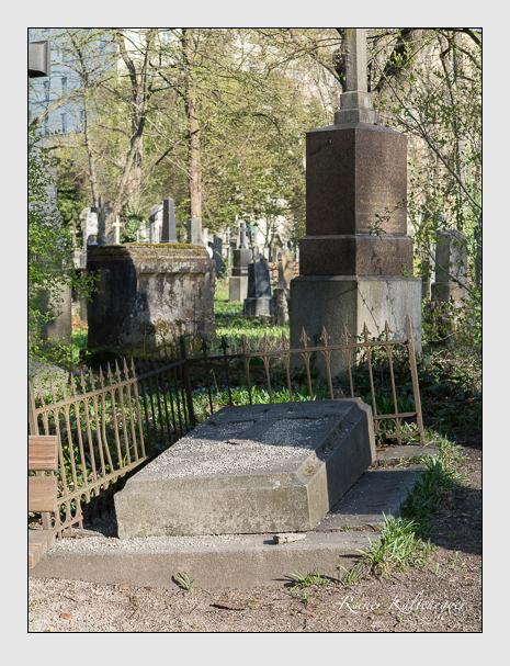 Grab der Familien Grünberger & Rubenbauer auf dem Alten Südfriedhof München (März 2014)