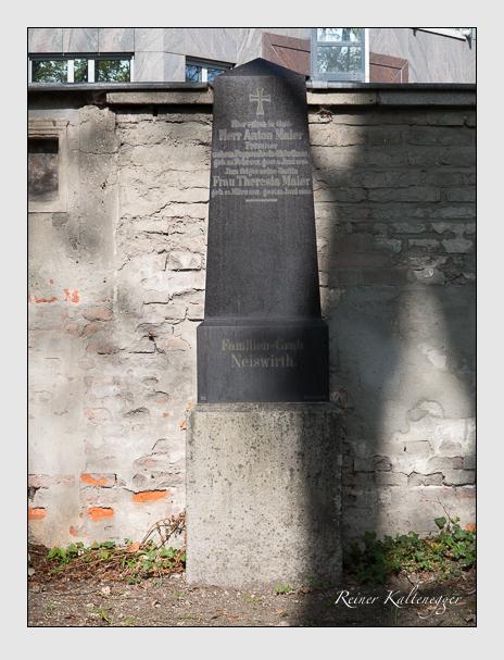 Grab der Familien Maier & Neiswirth auf dem Alten Südfriedhof München (April 2014)