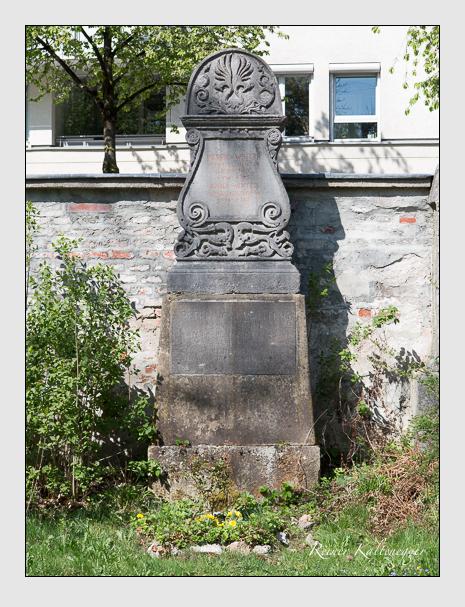 Grab der Familie Winter auf dem Alten Südfriedhof München (April 2014)