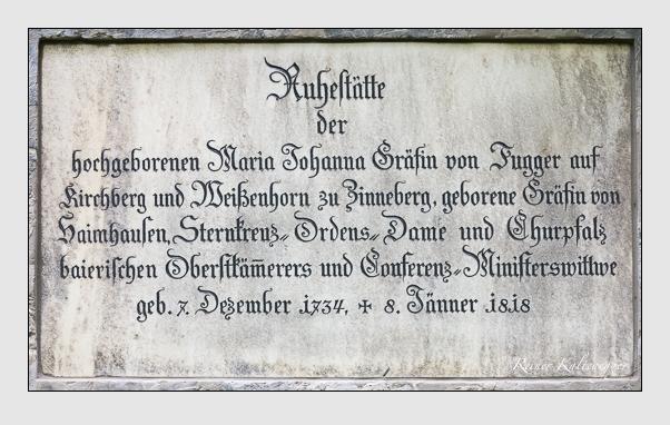 Grab der Familie Fugger auf dem Alten Südfriedhof München (Mai 2014)