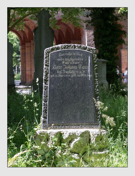 Grab der Familie Tann auf dem Alten Südfriedhof München (Juni 2014)
