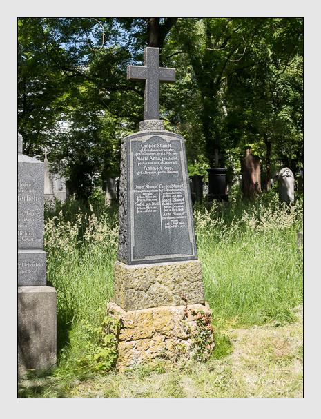 Grab der Familie Stumpf auf dem Alten Südfriedhof München (Juni 2014)