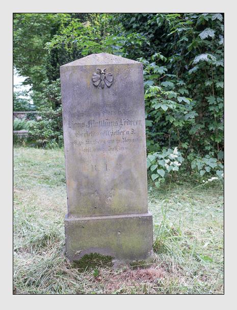 Grab der Familie Lederer auf dem Alten Südfriedhof München (Juni 2014)