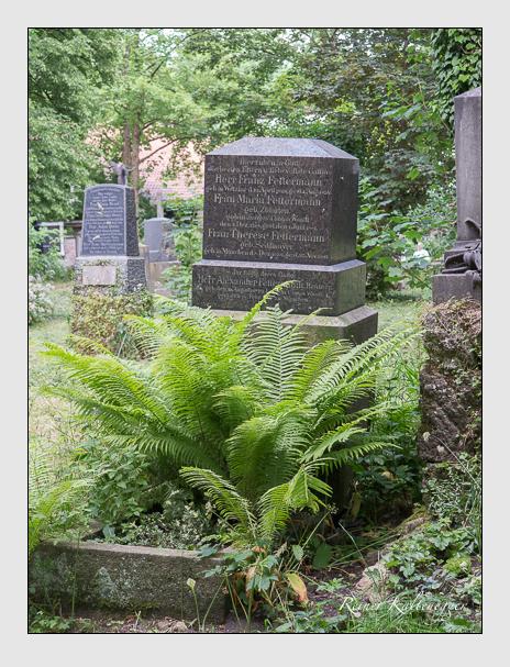 Grab der Familie Fettermann auf dem Alten Südfriedhof München (Juni 2014)