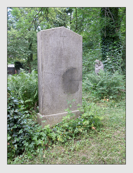 Grab der Familie Rieger auf dem Alten Südfriedhof München (Juni 2014)