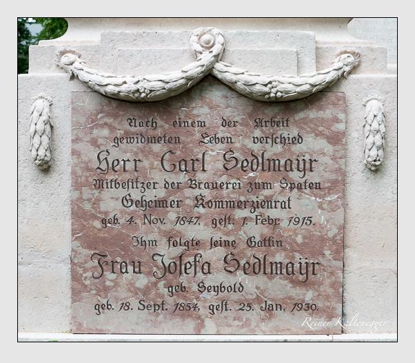 Grab der Familien Müller & Sedlmayr auf dem Alten Südfriedhof München (Juni 2014)