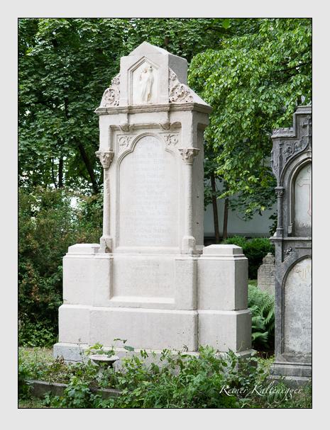 Grab der Familien Bar · Sedlmayr auf dem Alten Südfriedhof München (Juni 2014)