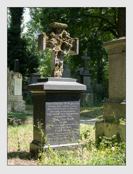 Grab der Familie Heck auf dem Alten Südfriedhof München (Juni 2014)