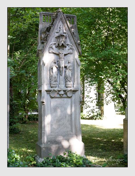 Grab der Familie Reiter auf dem Alten Südfriedhof München (Juni 2014)