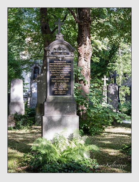 Grab der Familien Kolb & Wilhelm auf dem Alten Südfriedhof München (Juni 2014)