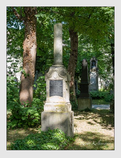 Grab der Familie Greiner auf dem Alten Südfriedhof München (Juni 2014)