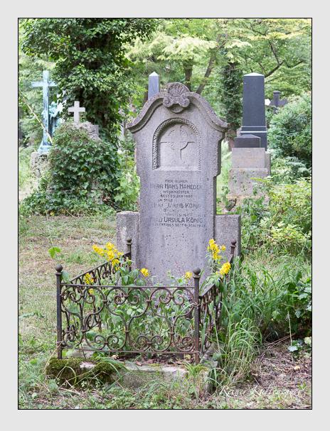 Grab der Familien König · Naneder auf dem Alten Südfriedhof München (Juni 2014)