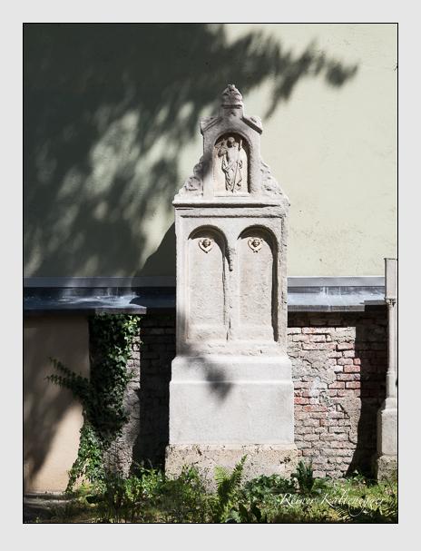 Grab der Familie Lechner auf dem Alten Südfriedhof München (Juli 2014)