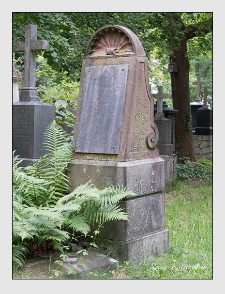 Grab der Familie Hund auf dem Alten Südfriedhof München (Juli 2014)