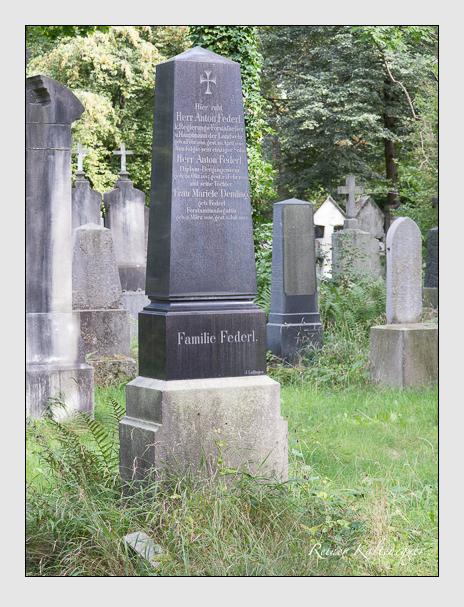 Grab der Familien Demling & Federl auf dem Alten Südfriedhof München (August 2014)