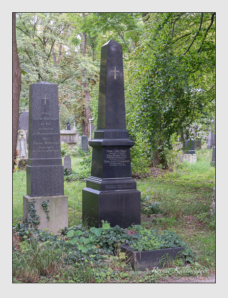 Grab der Familien Dold & Eisenmann & Kögelsberger & Koller auf dem Alten Südfriedhof München (August 2014)