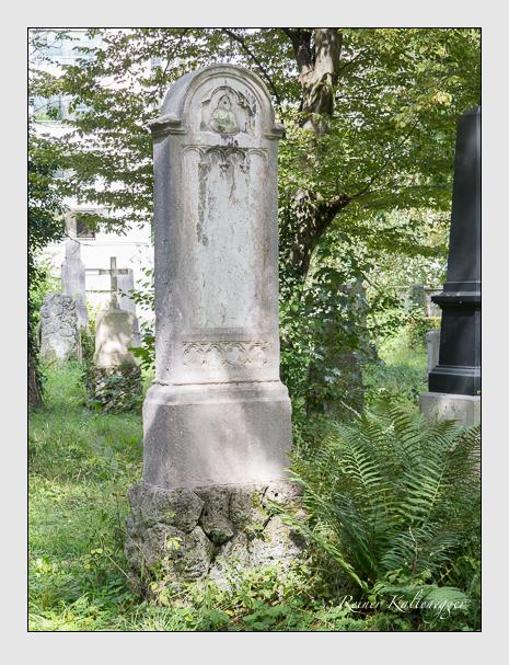 Grab der Familie Göbel auf dem Alten Südfriedhof München (August 2014)
