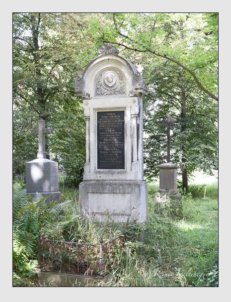 Grab der Familie Keller von Schleitheim auf dem Alten Südfriedhof München (August 2014)