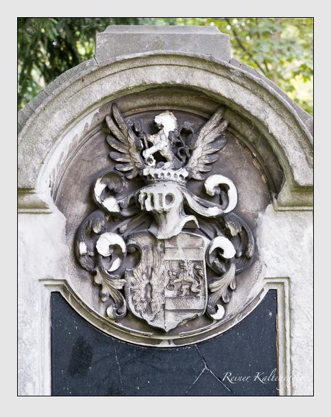 Grab der Familie Pestalozza auf dem Alten Südfriedhof München (August 2014)