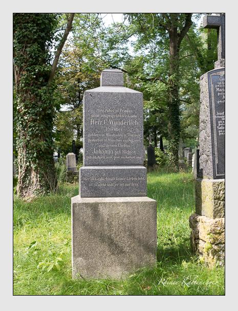 Grab der Familie Wunderlich auf dem Alten Südfriedhof München (September 2014)