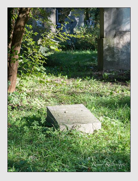 Grab der Familie Jörres auf dem Alten Südfriedhof München (September 2014)