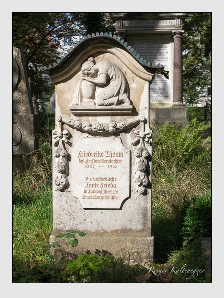 Grab der Familie Thoma auf dem Alten Südfriedhof München (September 2014)
