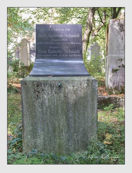 Grab der Familie Schmidt auf dem Alten Südfriedhof München (September 2014)