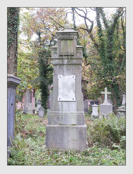Grab der Familien Cavallo & Hausner auf dem Alten Südfriedhof München (Oktober 2014)